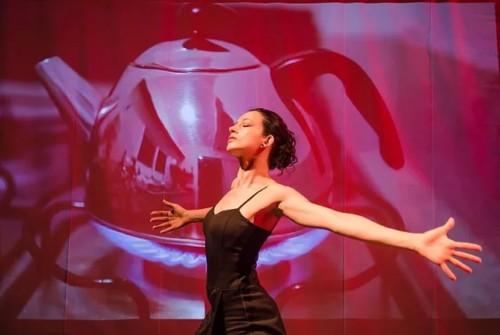 Solo de dança Direção Múltipla hoje no Sesc Esplanada