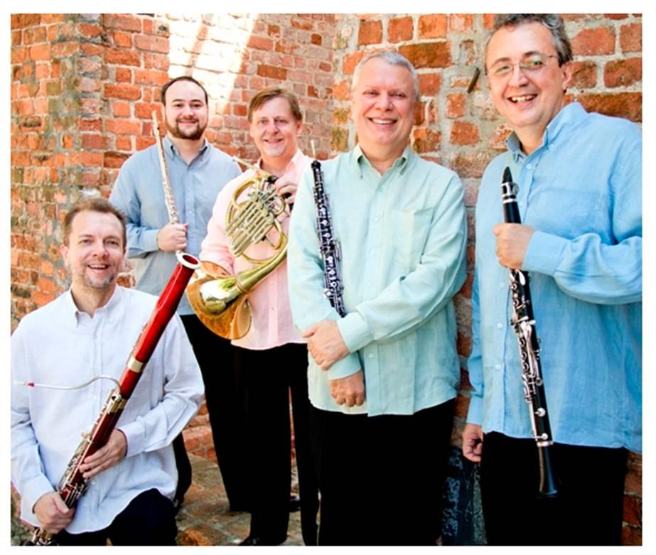 Música na Estrada apresenta Quinteto Villa-Lobos